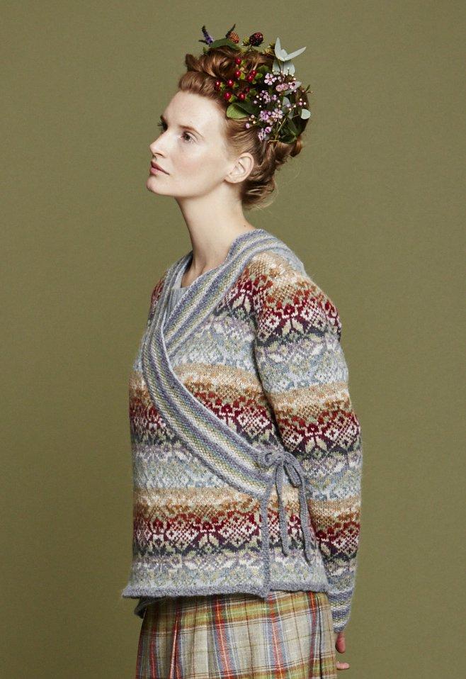 Описание вязания простого женского кардигана платочной вязкой