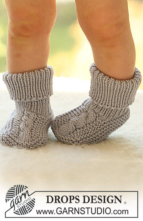 Вязанные носочки для детей спицами 190
