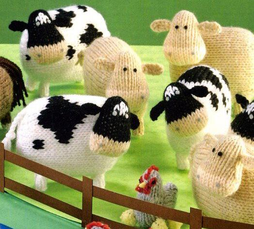 Вязаная игрушка - корова