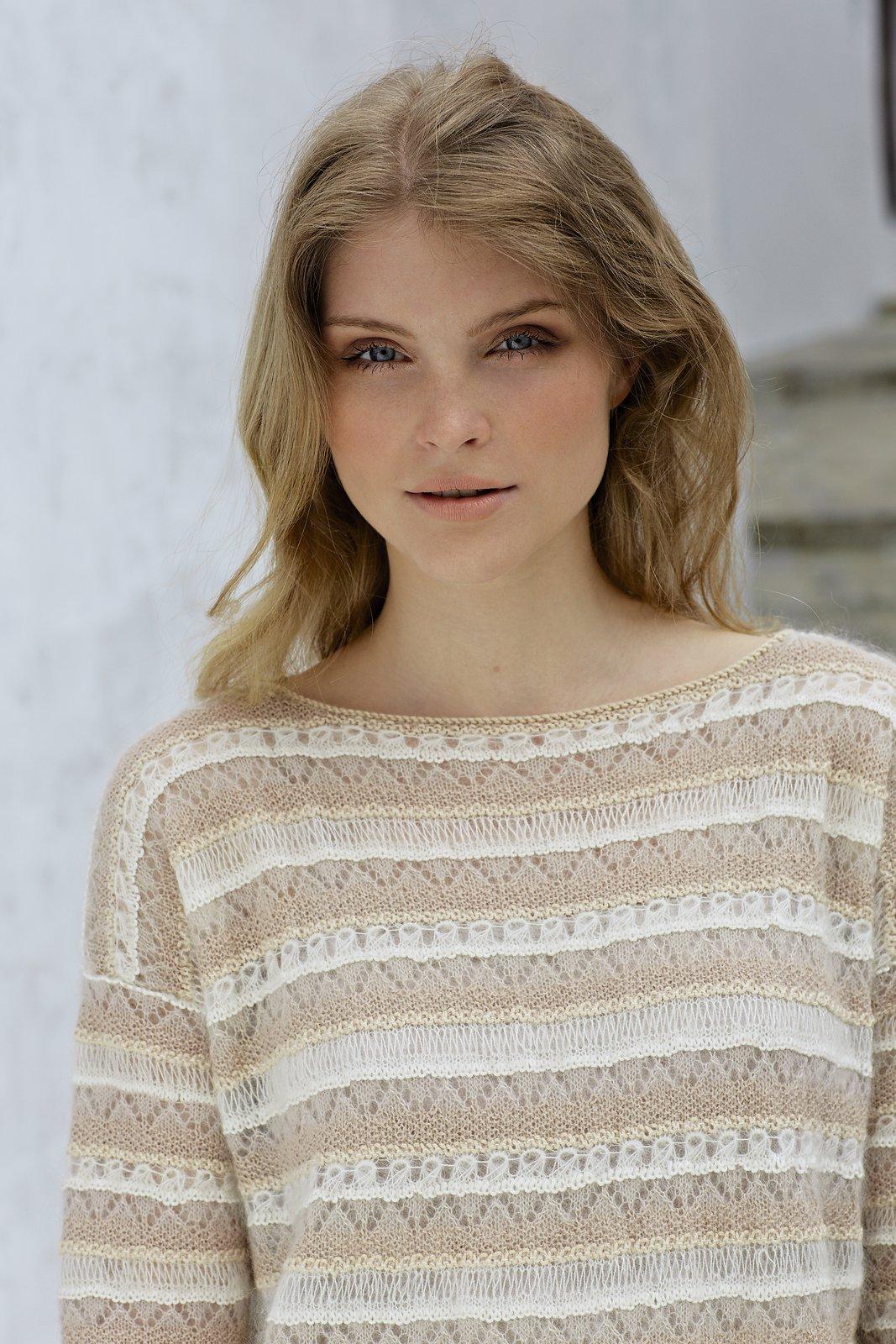 вязание ажурного полосатого пуловера Madonna Rowan 55 вяжиру