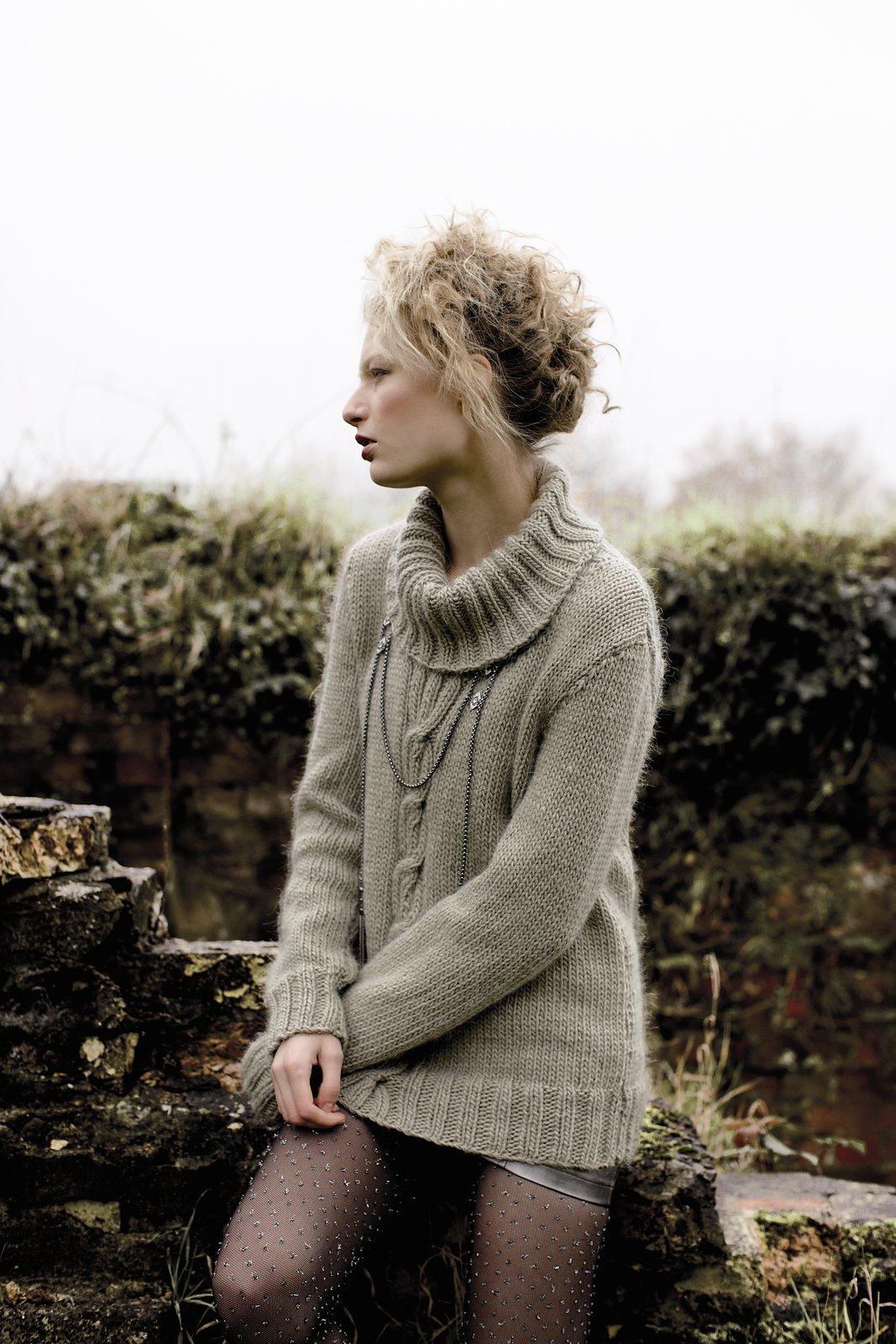 схема вязания спицами свитера с объемным воротником