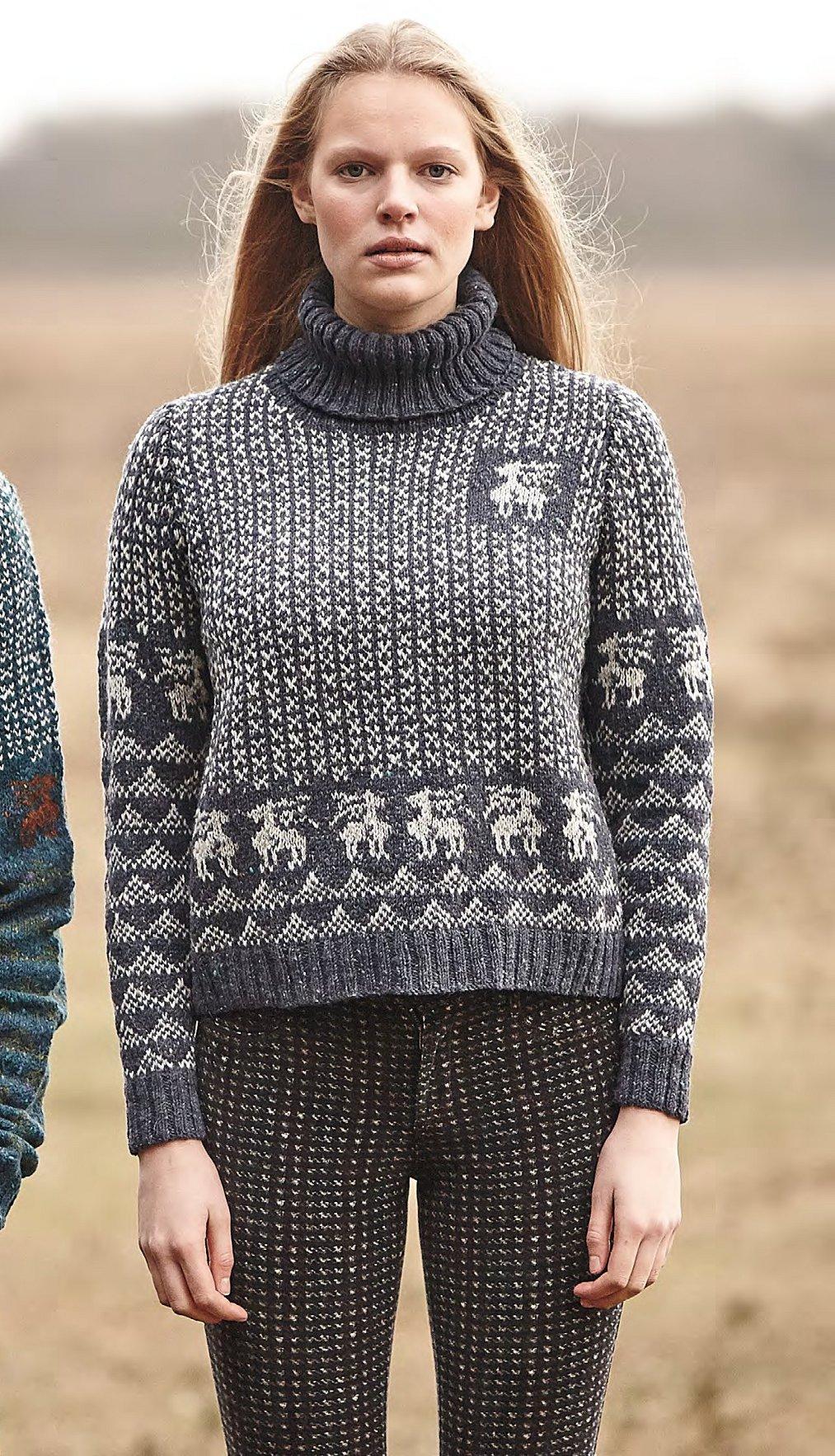 вязаные пуловеры с оленями и схемой
