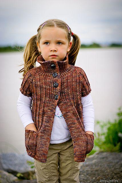 Модные вязаные кардиганы для девочек