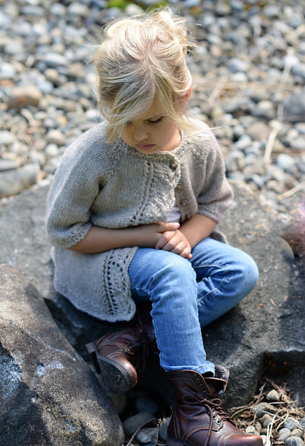 Cove_Cardigan_by_Heidi_May