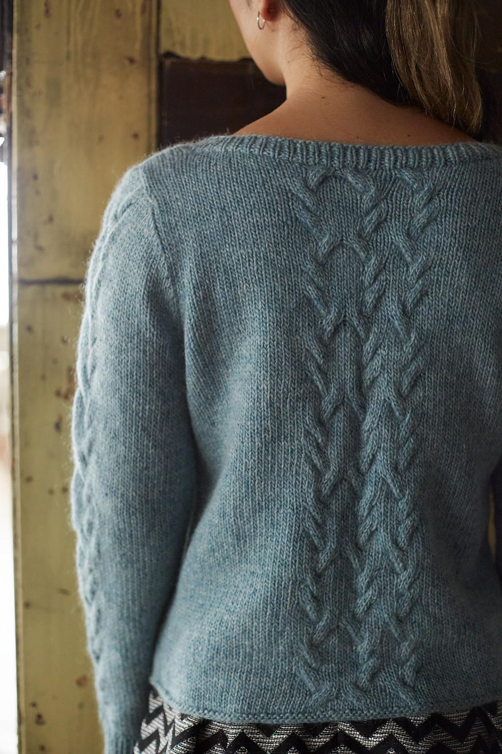 Пуловер косами спицами женский Cesium от дизайнера Sachiko Burgin