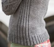 Пуловер спицами Hitch