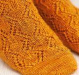 Вязаные носки спицами Copper beech