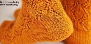 Вязание спицами носков Copper beech