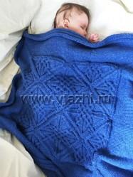 Вязаный детский квадратный плед спицами