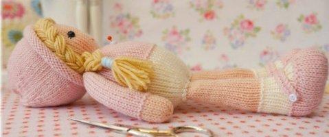Размер вязаной куклы 29 см от пятки до края шапки