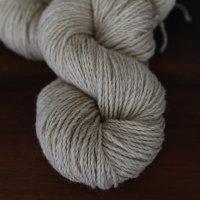 Пряжа для вязания пуловера с круглой кокеткой