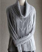 Свободный свитер с косами фото